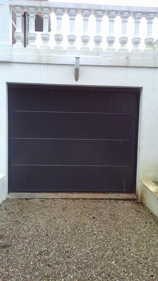 Pose et remplacement portes de garage manuelles et motoris es for Porte de garage 2 40 x 2 15
