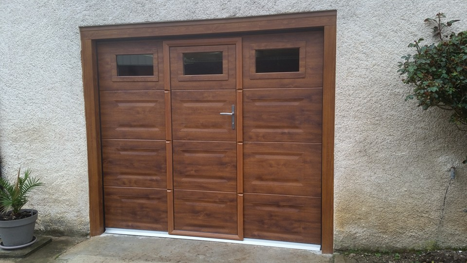 Pose et remplacement portes de garage manuelles et motoris es for Porte de garage b plast